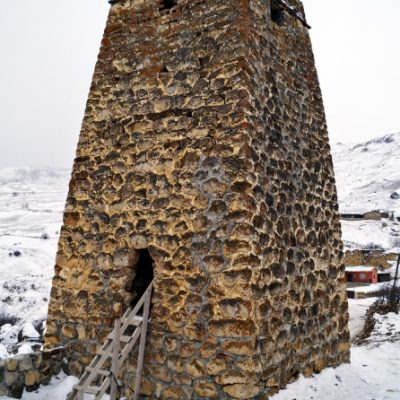Донифарс.Башня Хатаговых.Зима