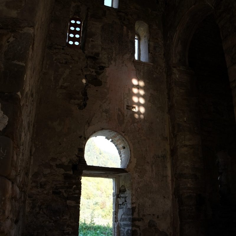 Нижний Архыз Средний храм (9)