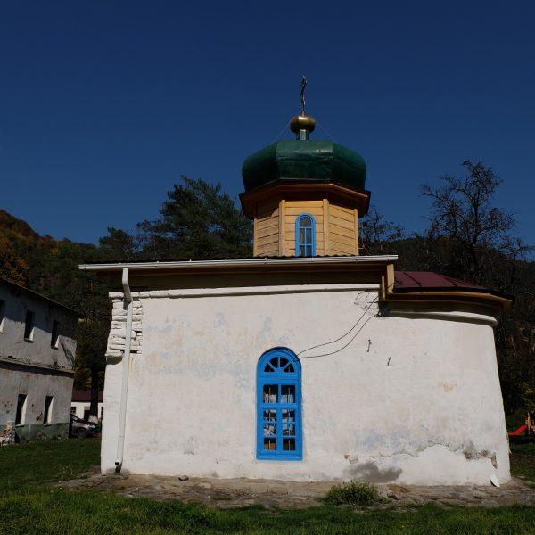 Нижний Архыз Южный храм (2)