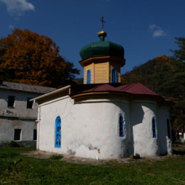 Нижний Архыз Южный храм (6)